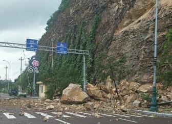 Sạt lở núi ở Bình Định, 3 người bị thương