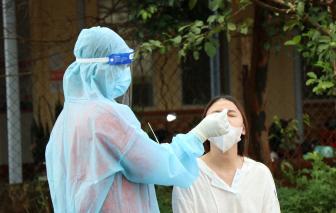 Số ca mắc trong cộng đồng tăng cao kỷ lục, đoàn công tác của Bệnh viện Chợ Rẫy đến hỗ trợ Đắk Lắk