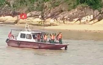 Quảng Trị cứu hộ học sinh khỏi khu vực ngập sâu; Bình Định tìm kiếm ngư dân chìm tàu ở cửa biển